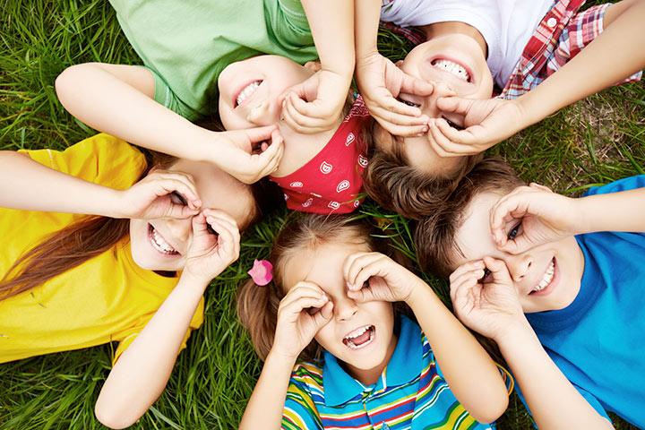 10 maneras de ayudar a sus hijos a ser más solidarios en el futuro
